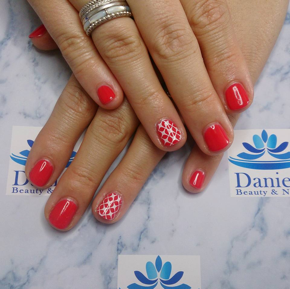 gellak-coral-met-nailstamps