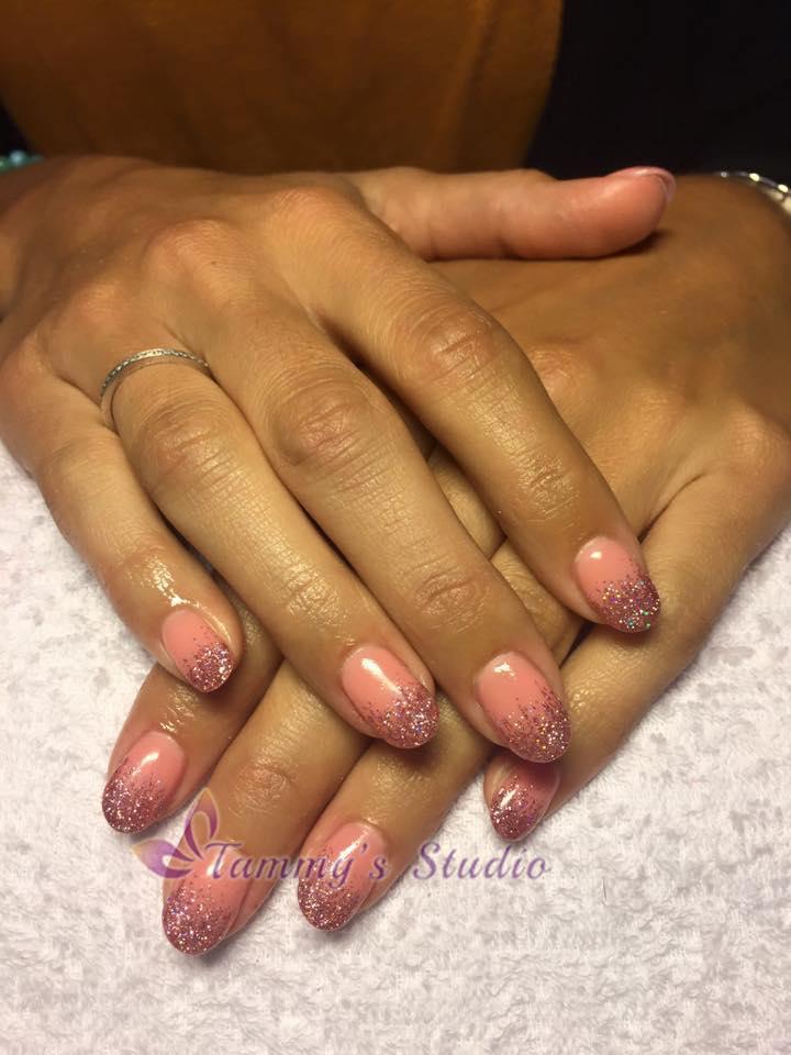 gelpolish-baby-pink-pink-sparkle-diamond