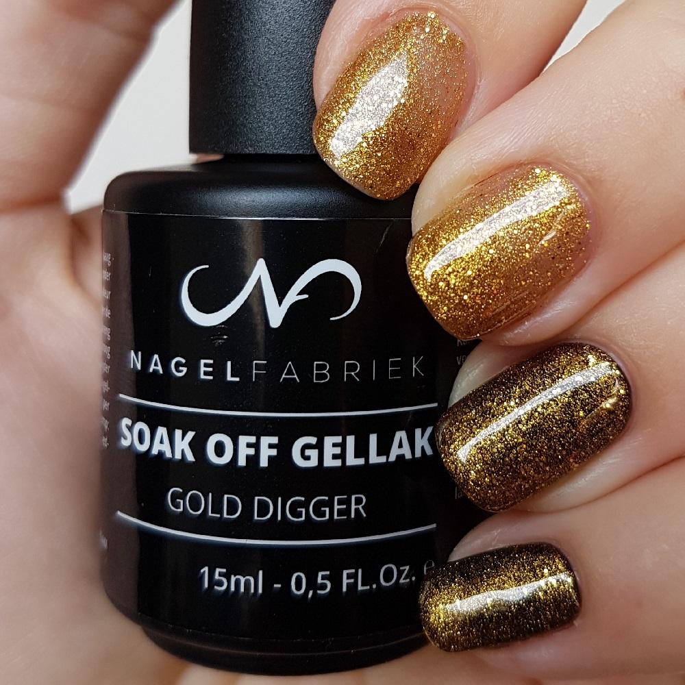 Gold Digger Gellak Swatch